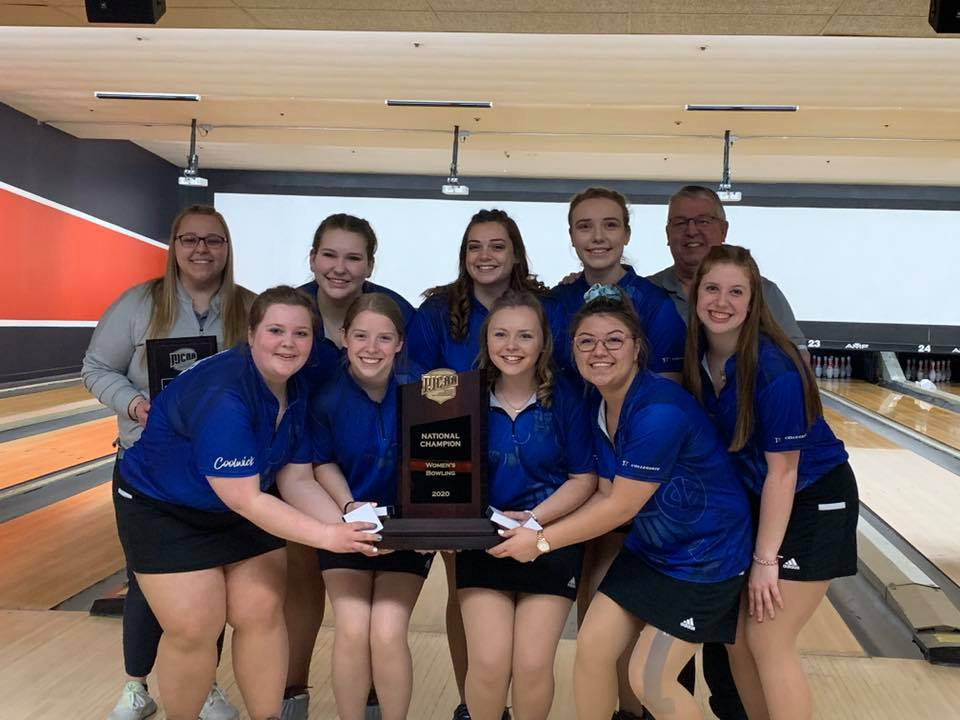Golden Pins: Tritons claim national title