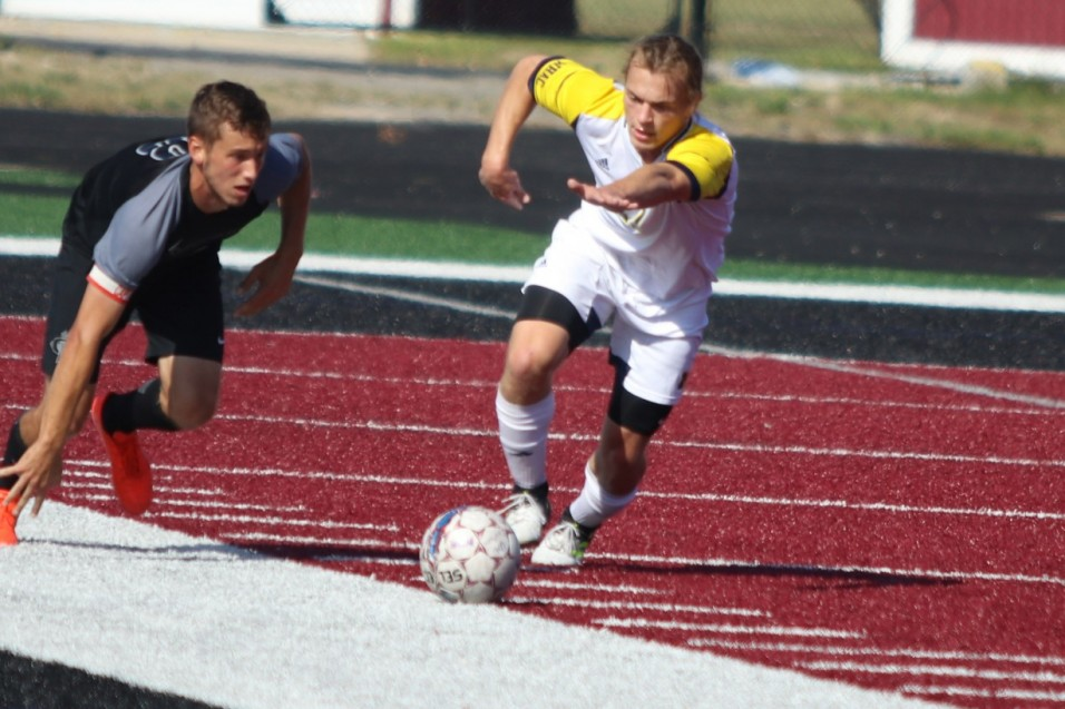 Photo for UNOH tops UM-Dearborn Men's Soccer