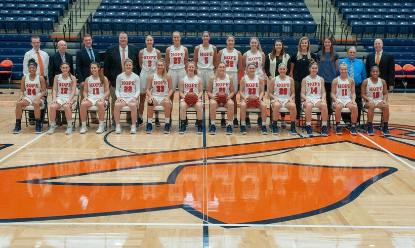 Hope women's basketball players pose for a portrait