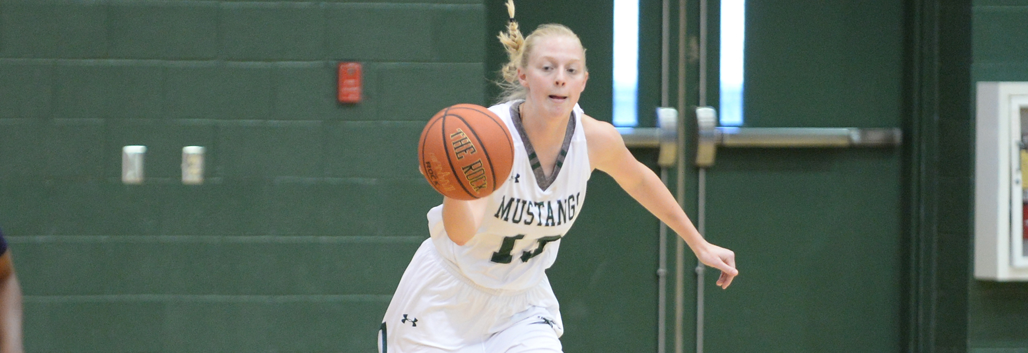 Crist Reaches Double Figures in Third Straight Game, Mustangs Fall at Albright