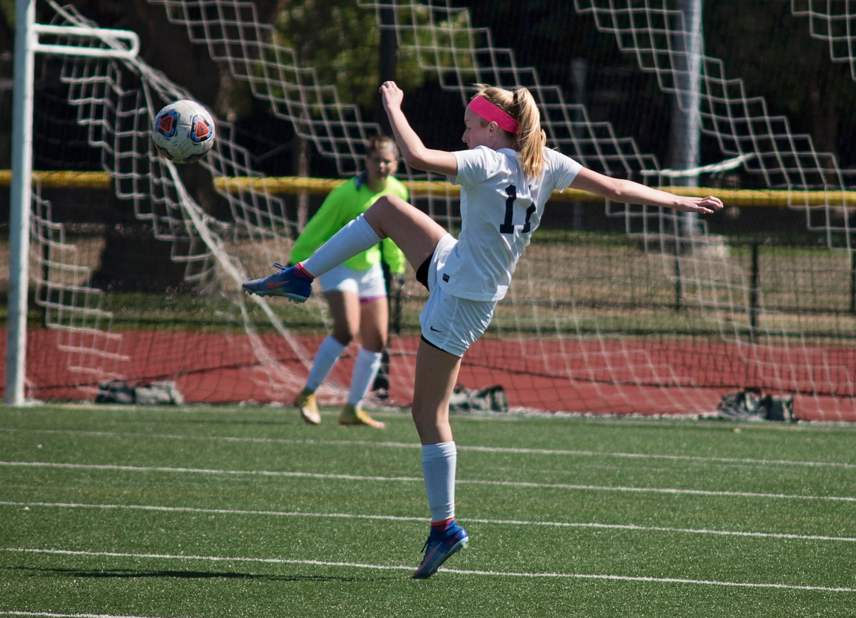 Six-Goal Second Half Powers Women's Soccer's Comeback at Mass. Maritime, 6-2