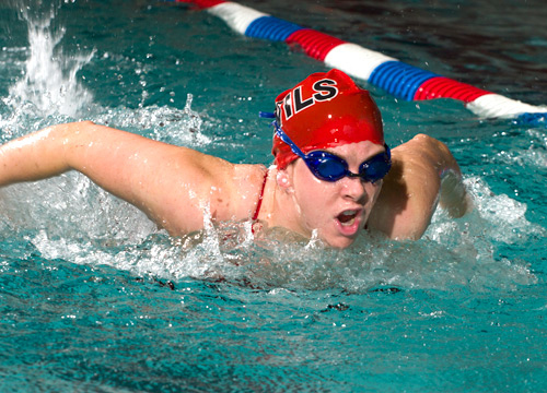 The Red Devil women's swim team made the most of their strong events to hold off Swarthmore, 104-101, on Saturday<BR>