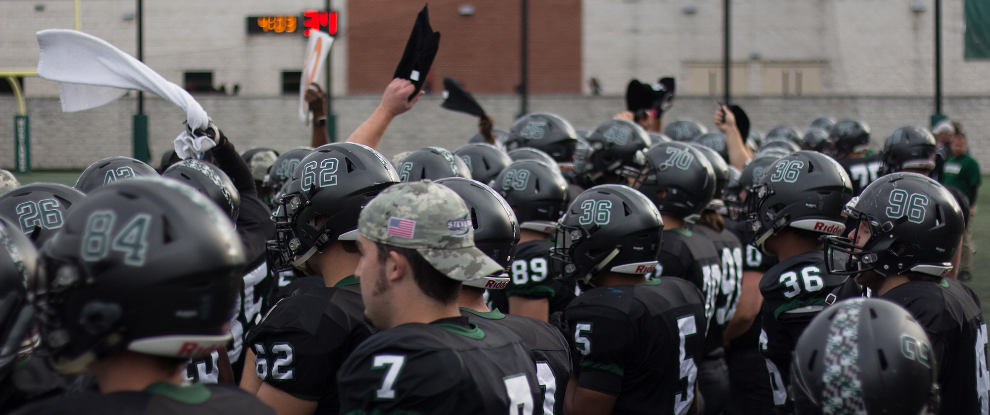 Football Entertains Lycoming for Senior Day