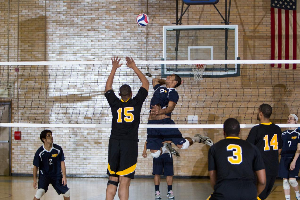 Men's Volleyball Earns 1st Conference Win at Sarah Lawrence