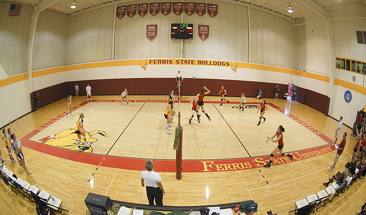 Ferris State Volleyball Storms Past Alderson-Broaddus In First Match
