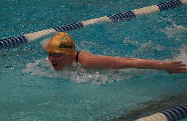 Women Take Two Wins, Pair of Second-Place Marks at Cedar Crest