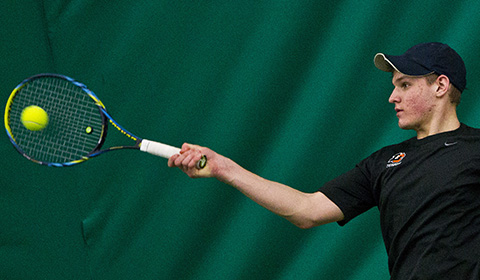 Men's Tennis Falls to Whitman 9-0