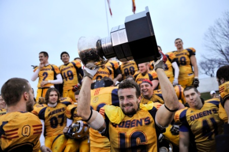 Football de SIC Coupe Mitchell: Les Gaels surprennent le Rouge et Or