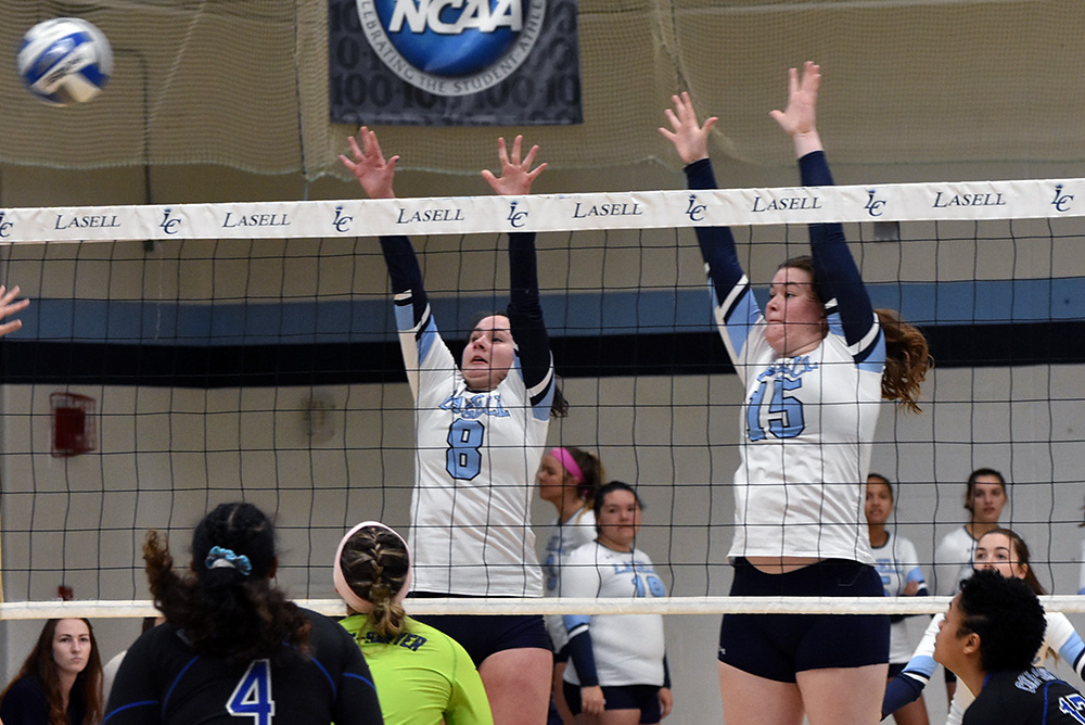 WVB: Lasell falls to Colby-Sawyer and Manhattanville in tri-match
