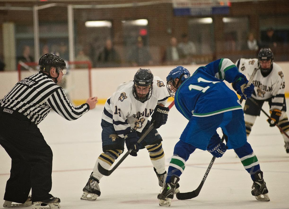 Men's Hockey Returns Home Saturday for Showdown with Wentworth