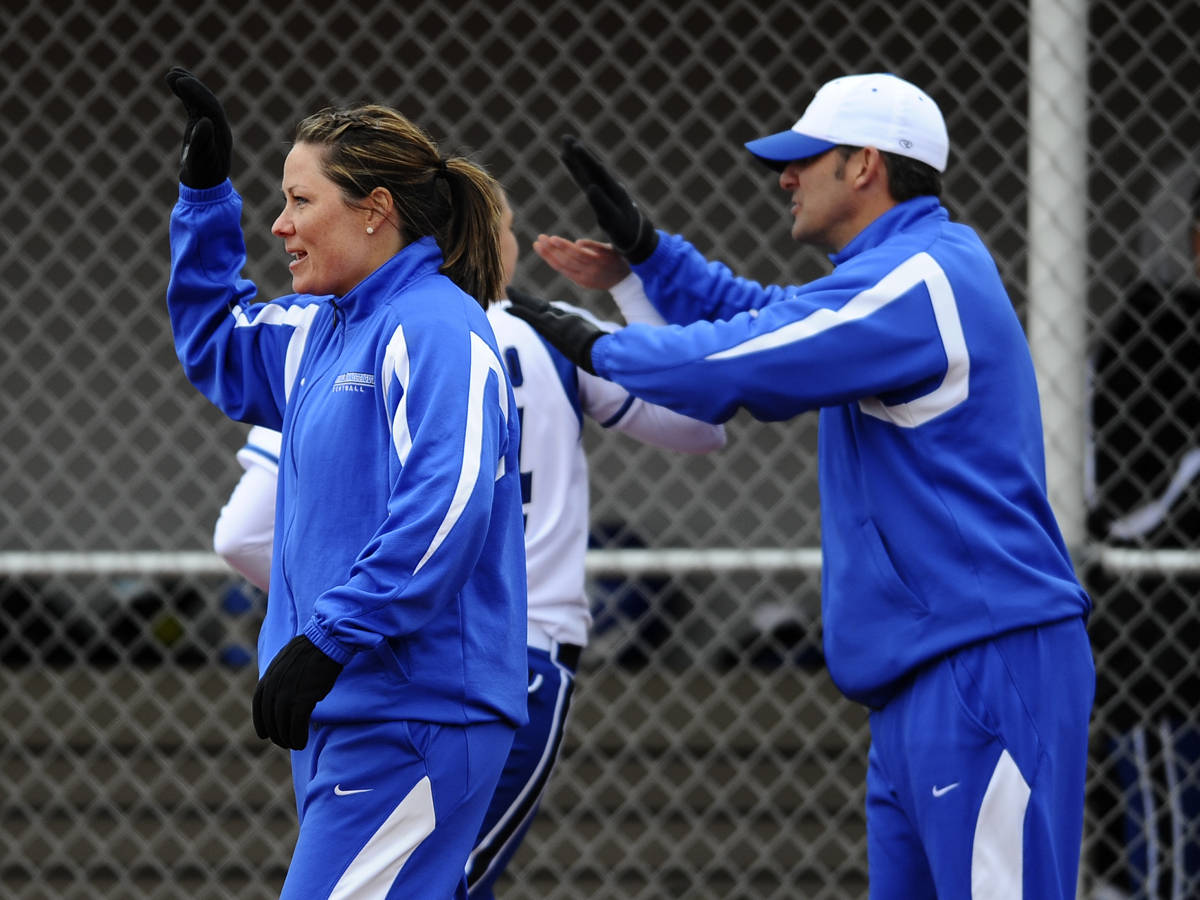 Softball Set to Host Camp December 18 & 19