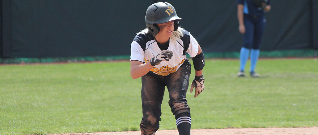 Softball Splits At No. 24 Wayne State, Kline Steals 100th Career Base