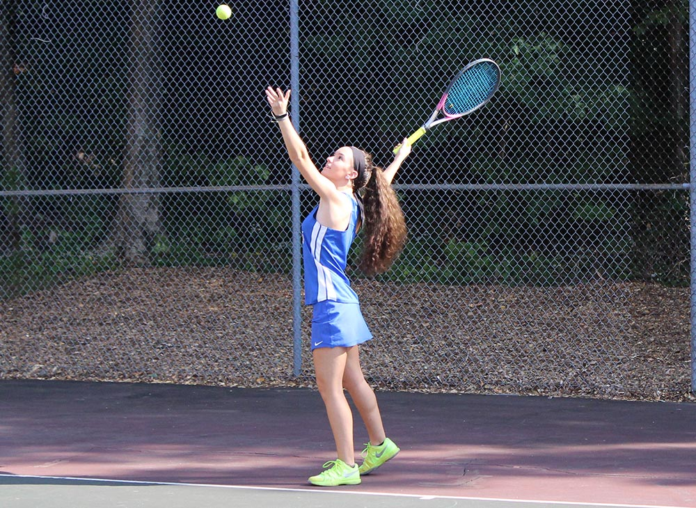 Tennis Stays Perfect in the Little East with Win over Castleton