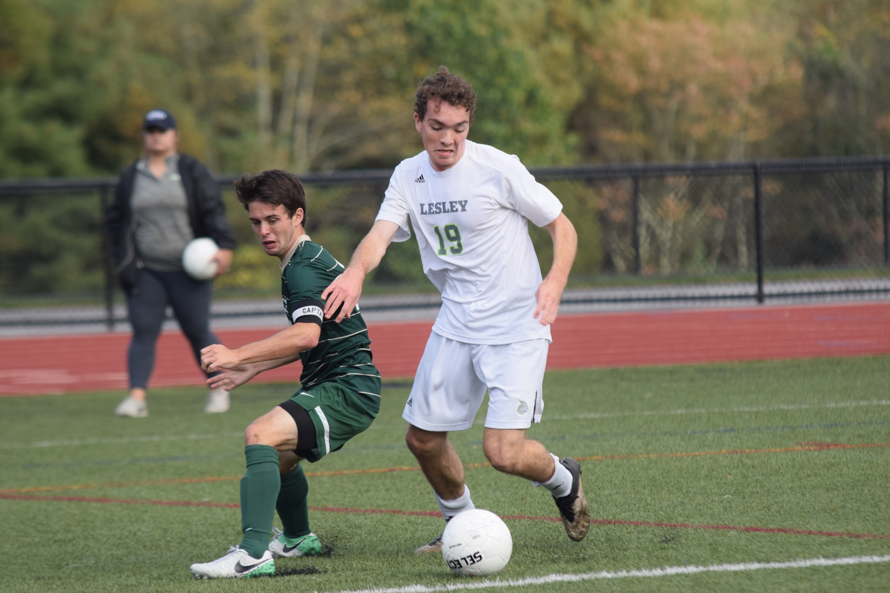 Babson Strikes Late in 2nd Half to Defeat Lynx, 1-0