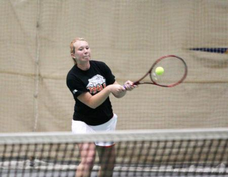 Women's Tennis clinches share of second straight OAC Regular Season crown with 9-0 win over Capital; also tops Trine 9-0