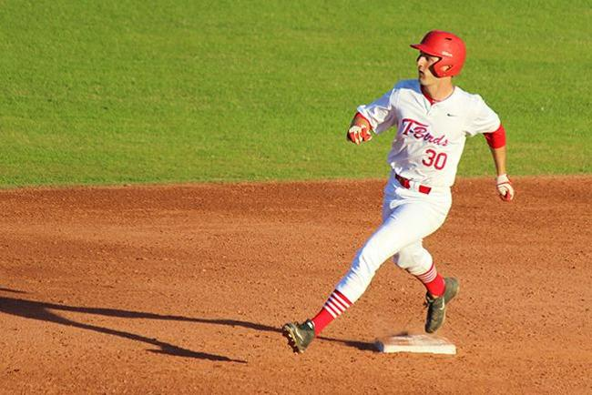 Mesa Splits a Pair with Pima