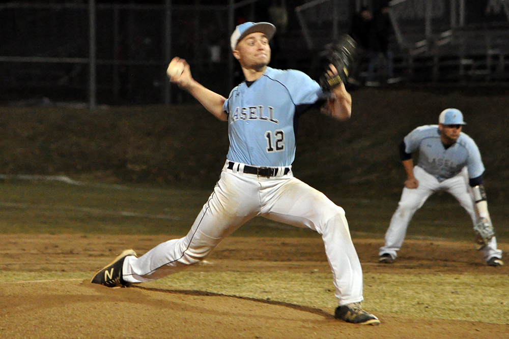 BB: Lasell holds on to defeat Wentworth
