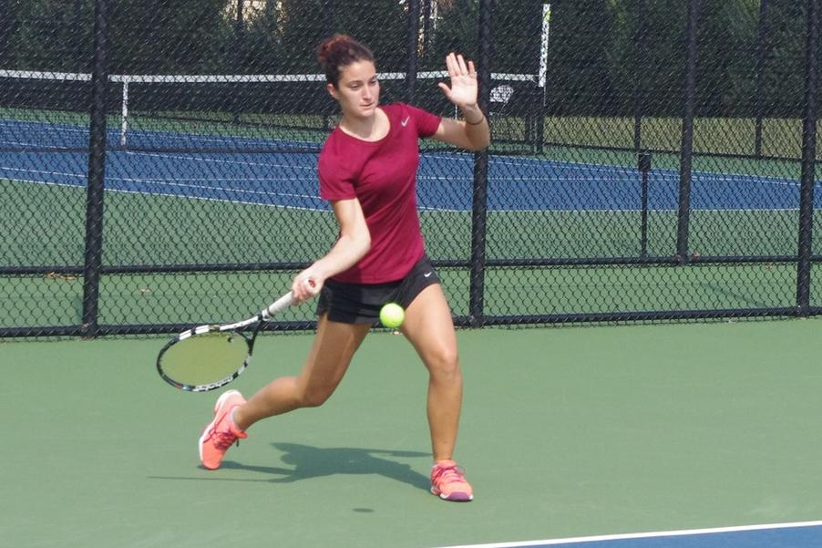 Women's Tennis Scores 6-3 Win At Eckerd