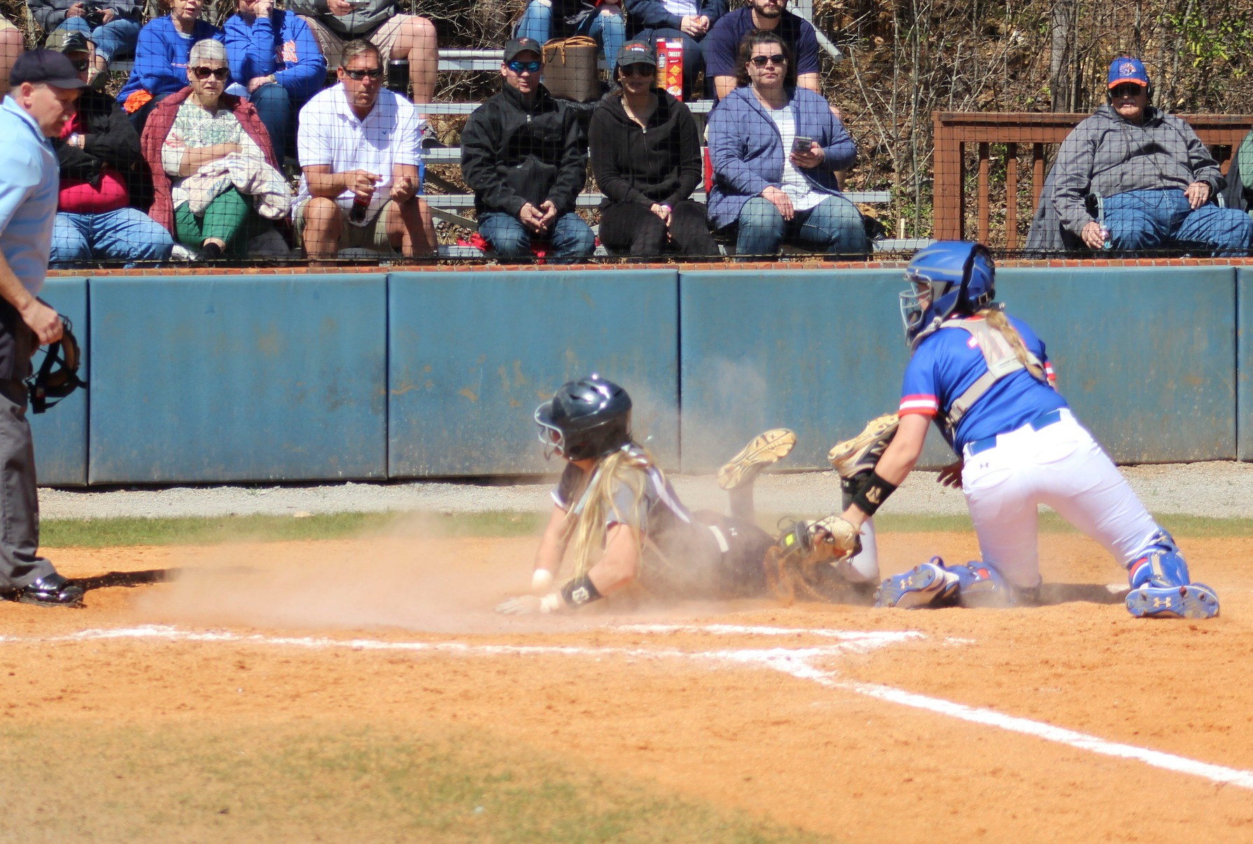 Softball Travels to Columbia State