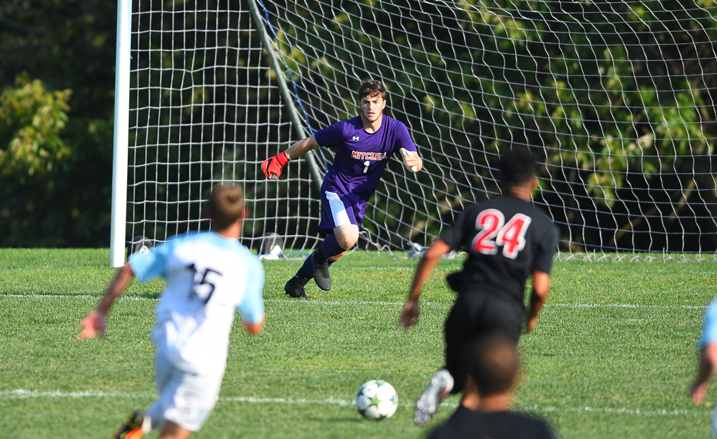 Men's Soccer Falls at #15 Stevens