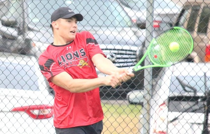 Men's Tennis Absorbs 6-1 Loss to Cornerstone