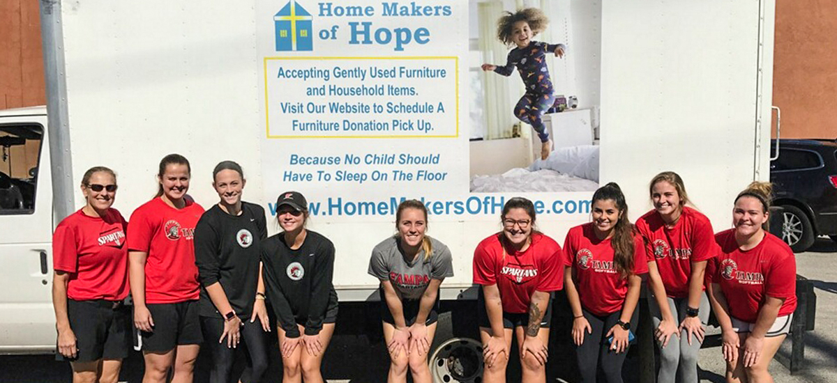 Tampa Softball Helps Local Families