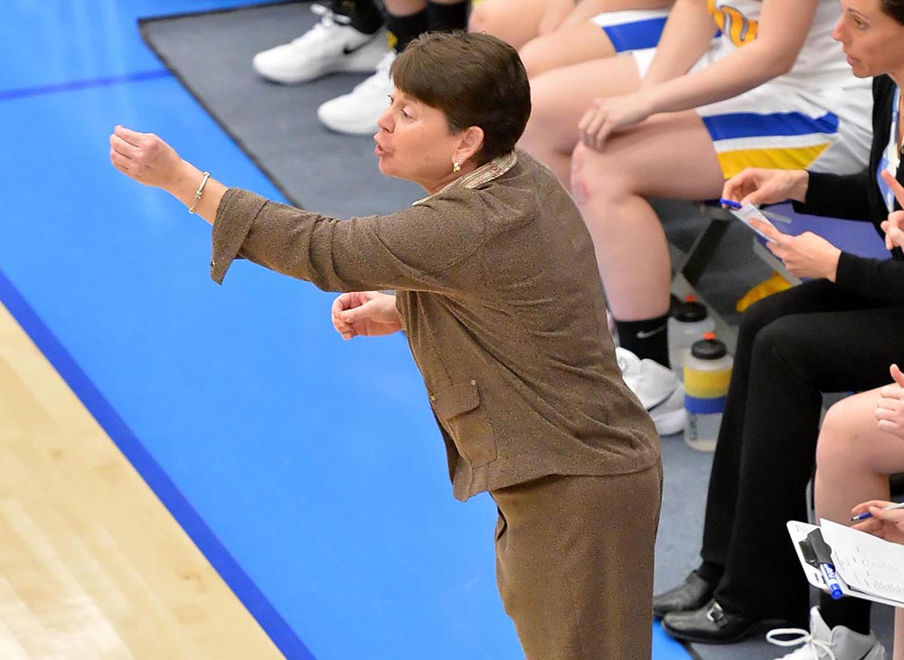 Women's Basketball Helps Tessmer Earn Her 300th Win on Saturday against MCLA
