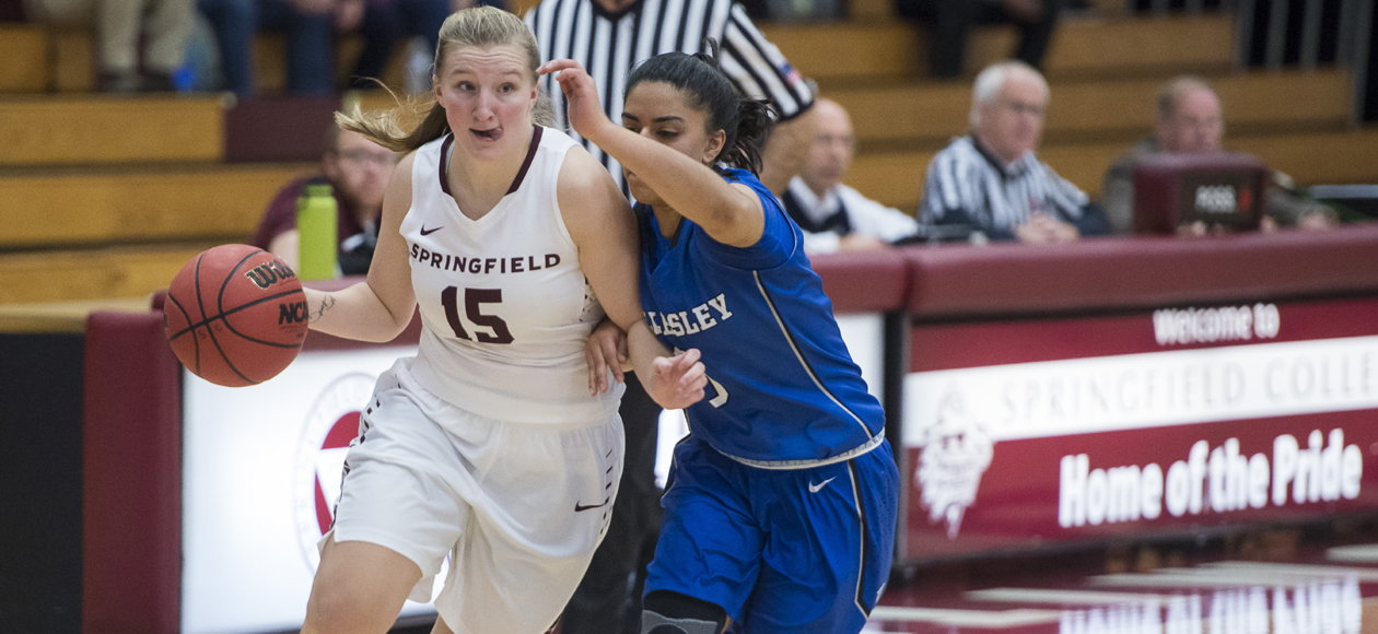 Women's Basketball Battles Past Framingham State, 76-62, in Hampton Inn West Springfield/Naismith Classic