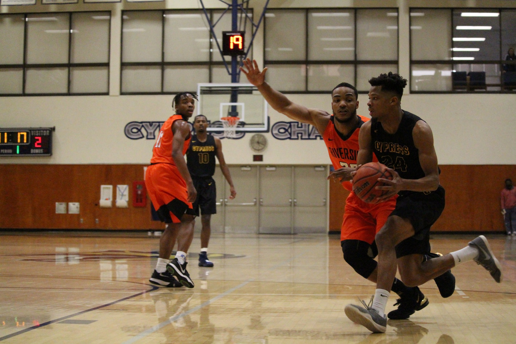 Chargers Close Out Santa Ana at Home, 81-68; Playoff Hopes Alive