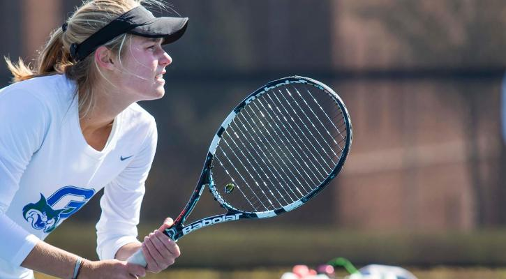 #15 GC Women's Tennis Nabs Seventh-Straight Win in Shutout of GSW