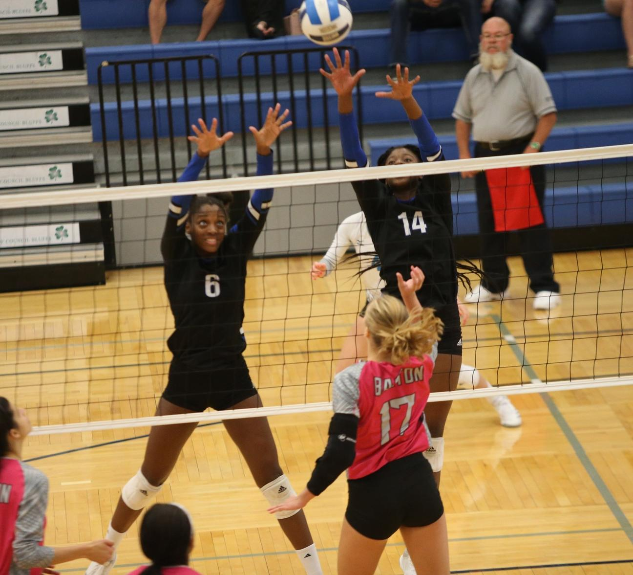 Reivers go 2-0 in opening day of Blue Dragon Classic
