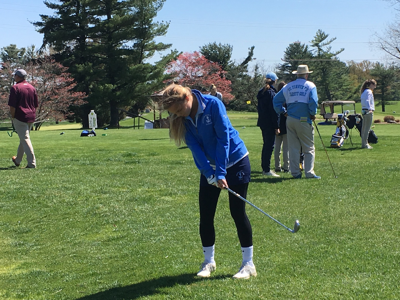 Spalding and Mount de Sales golf squads take early leads in team chase