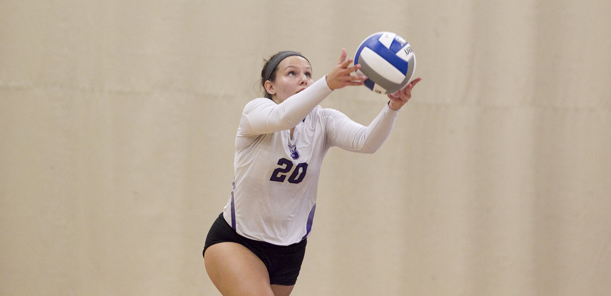 Regina Schetroma picked up a match-high 17 digs in Scranton's win over Fredonia on Friday night as the Royals won their second match of the evening.