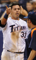 Lopez's Dinger Lifts Titans to Series Victory