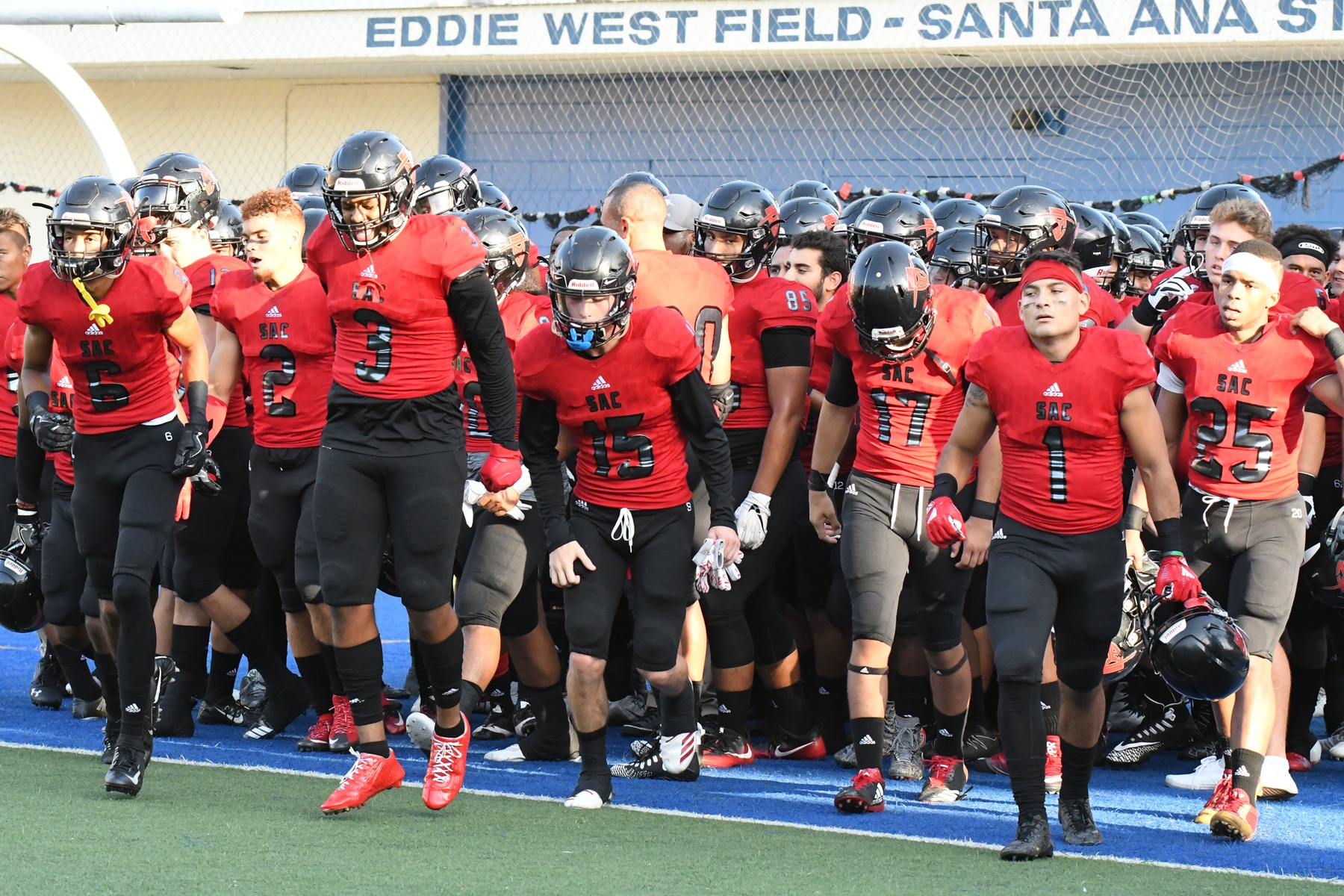 SAC Football Lands 10 on All-Metro League Teams