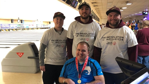 Eureka Volunteers at Special Olympics Bowling Event