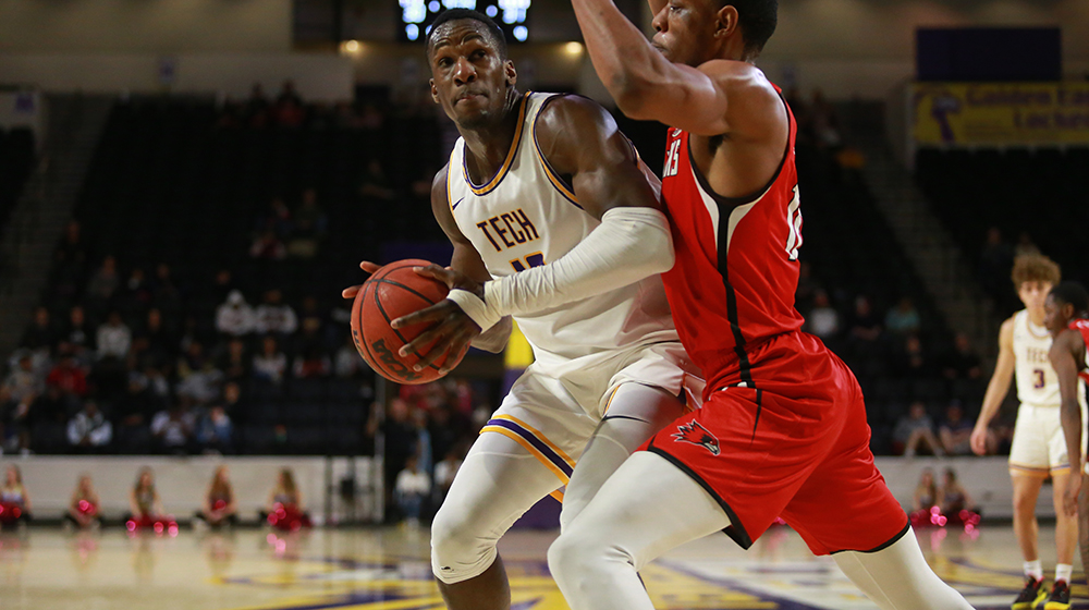 Tech celebrates Senior Day with crucial OVC win over Southeast Missouri
