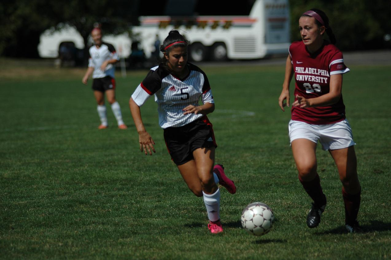 FALCONS UPEND WOMEN'S SOCCER