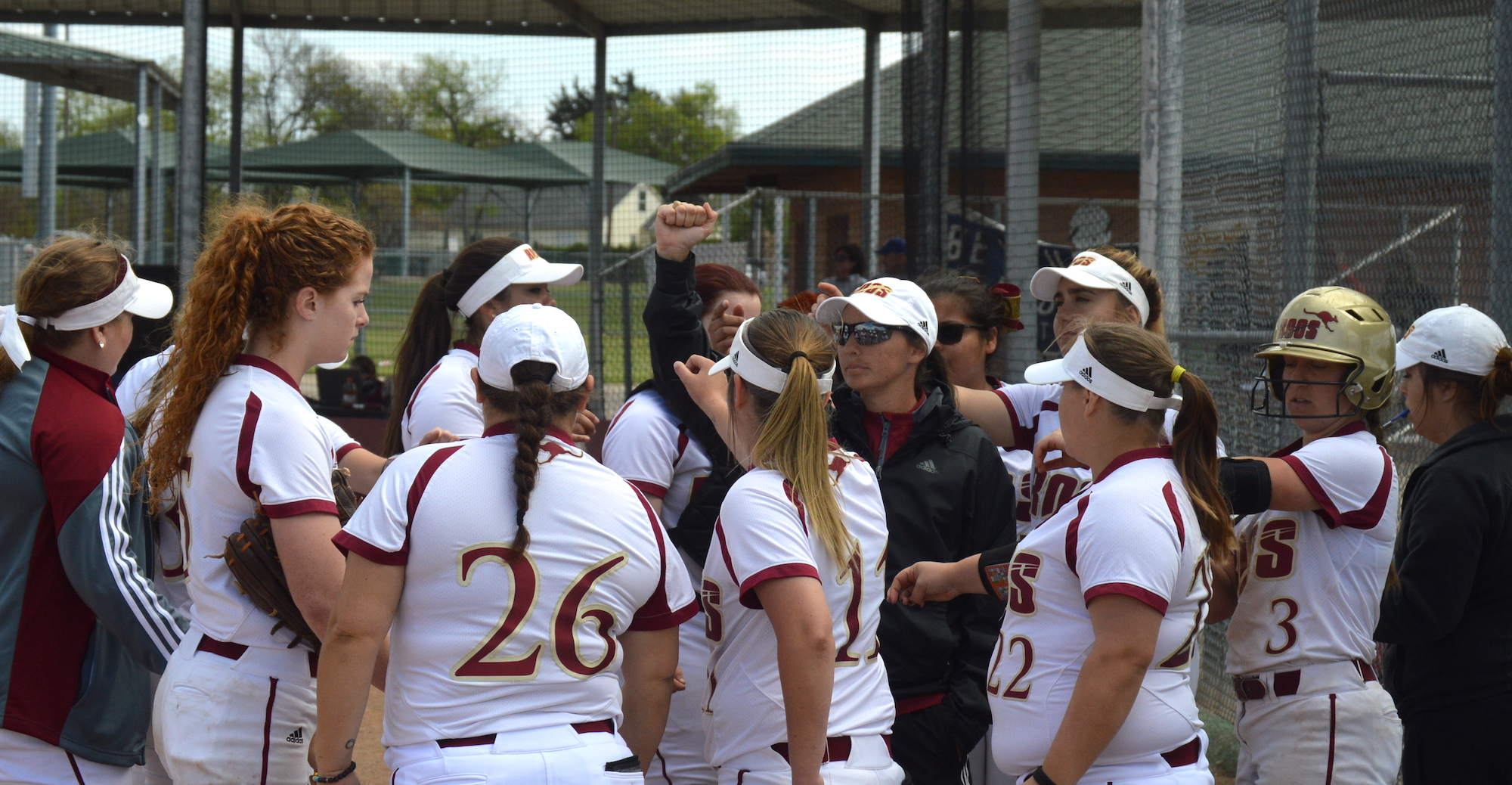 Walk-Off Win Gives 'Roo Softball Split with Trinity