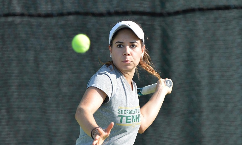 WOMEN'S TENNIS FALLS ON THE ROAD AT SAN FRANCISCO
