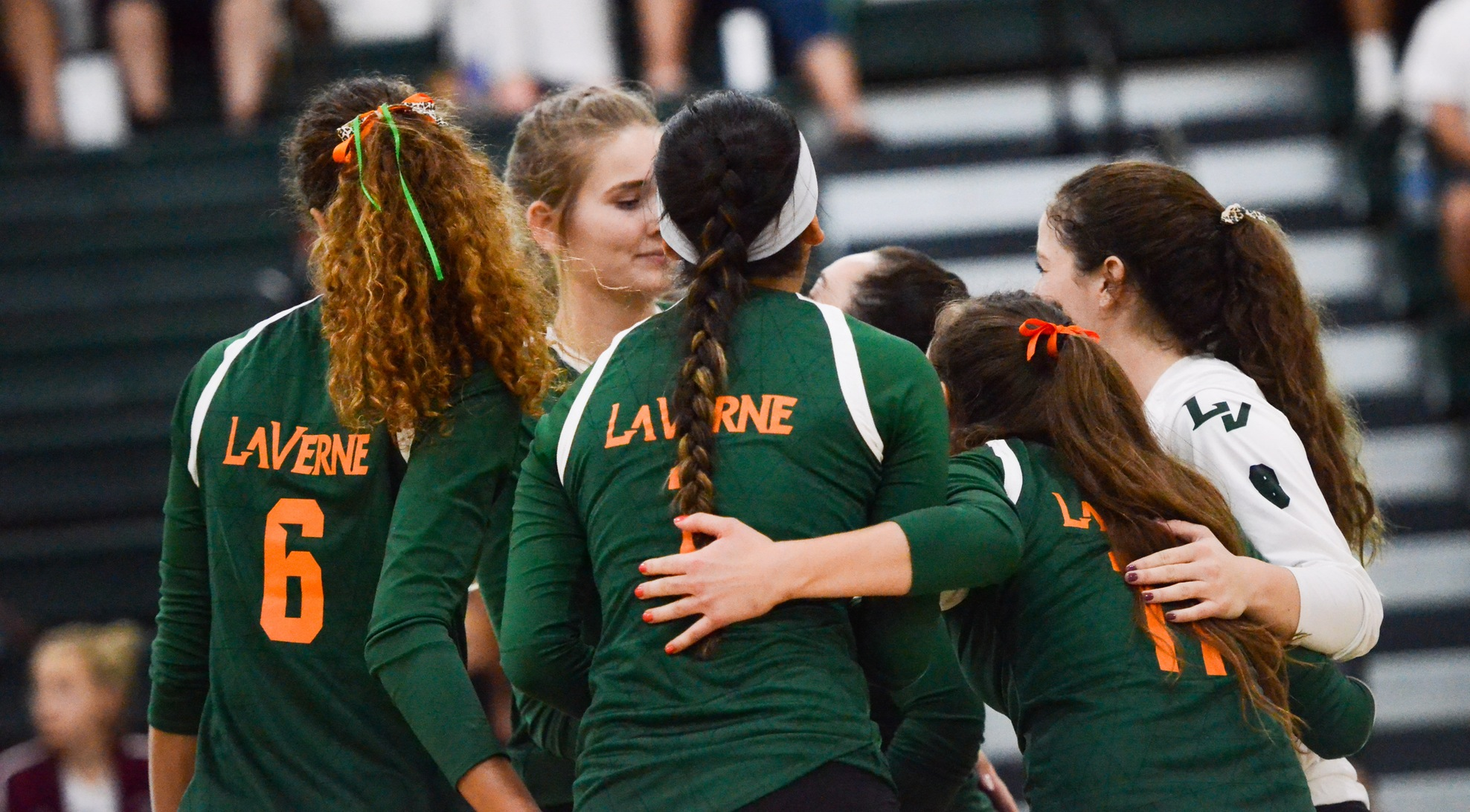 No. 14 Volleyball falls to No. 7 Claremont-Mudd-Scripps on the road