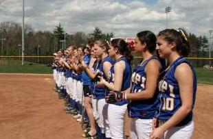 Lady Owls Softball Ends Season With Loss in Conference Championship