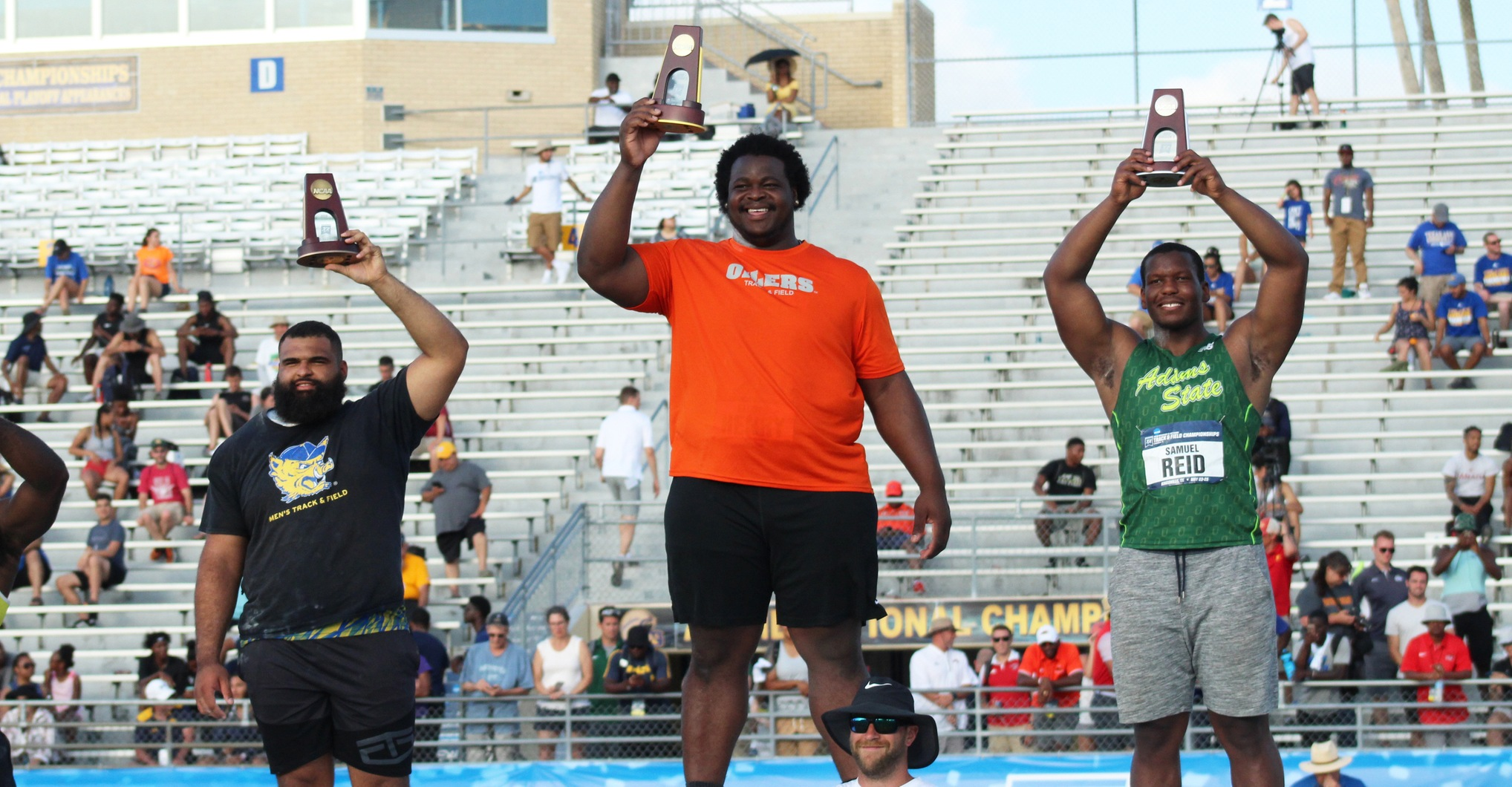 A Perfect Season | Eldred Henry Crowned as Nation's Top Field Athlete