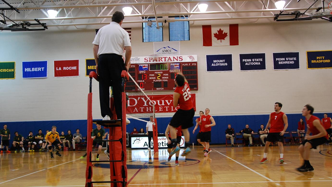Men's Volleyball Loses Two Matches