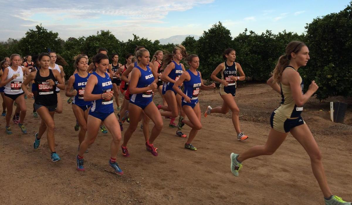 Cross Country Men Second, Women Third at UCR Invitational