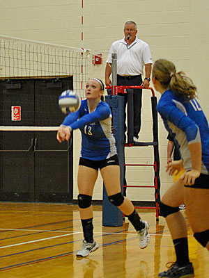 Wildcats Split on First Day of Lycoming Volleyball Classic