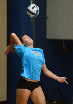 Volleyball starts season with 3-1 record in NMMI Classic