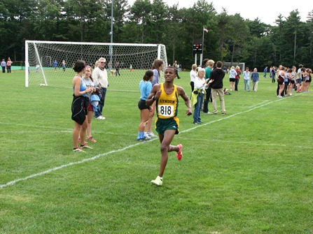 Hornets place third at Bowdoin College Invitational