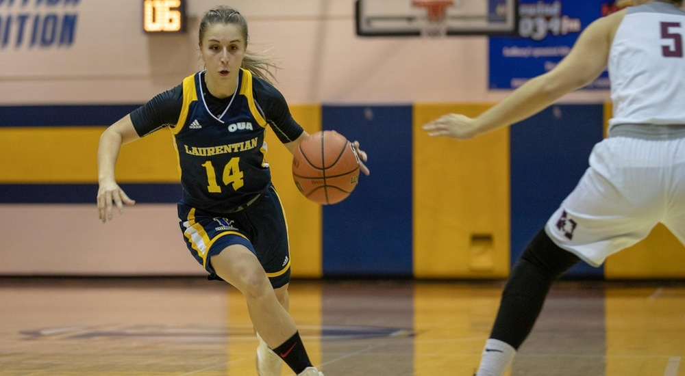 WBB | Warriors Take Win from Voyageurs