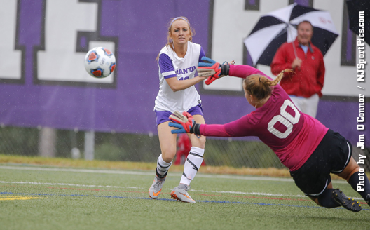 Women's Soccer Drops 1-0 Decision Against Lebanon Valley